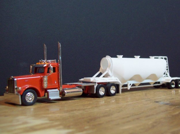 S-scale 1/64 Dry Bulk Trailer 11 - 1040 Superjet in White Strong & Flexible