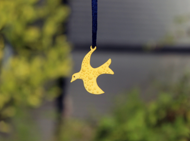 Fly Pendant in Yellow Processed Versatile Plastic