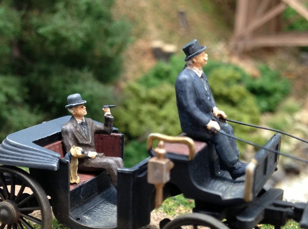 Bowler and Top hats large assortment HO scale 1:87 in Smooth Fine Detail Plastic