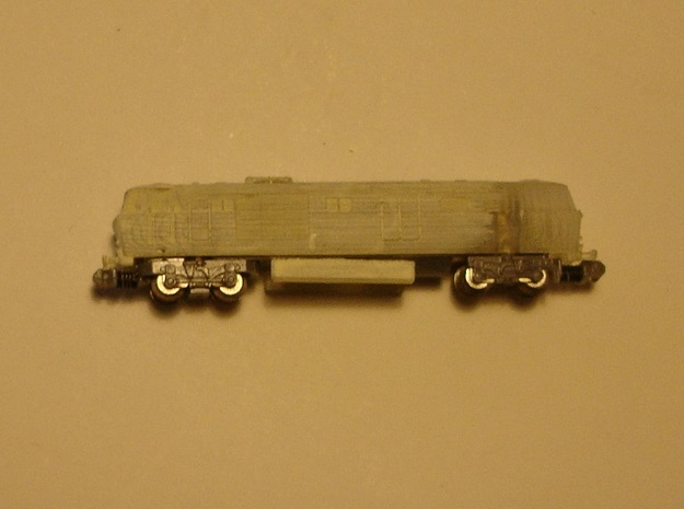 """BR Class 35 """"Hymek"""" T 1:450 3d printed partly undercoated fitting on a 16m chassis"""
