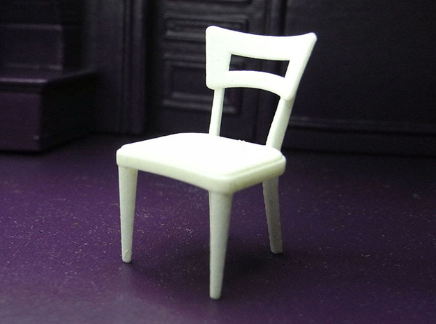1:24 Dog Bone Chair in White Natural Versatile Plastic