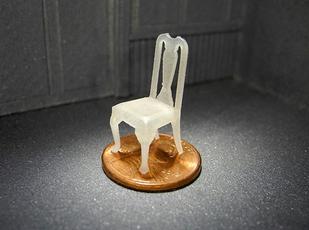 1:48 Queen Anne Chair in Smooth Fine Detail Plastic