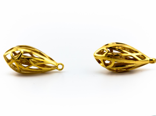 Teardrop shaped earrings in 14k Gold Plated