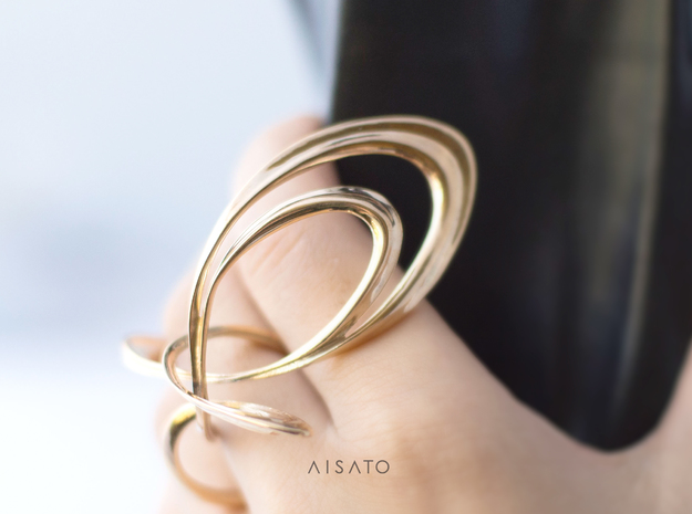 Knocco Ring in Polished Brass