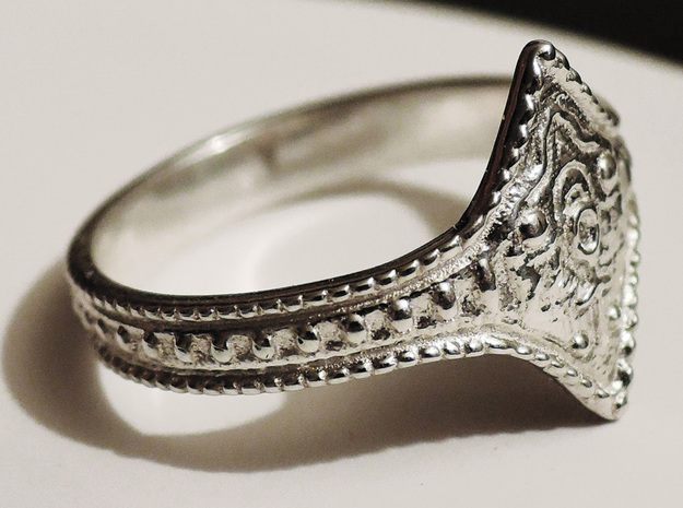 Ring of Favor and Protection
