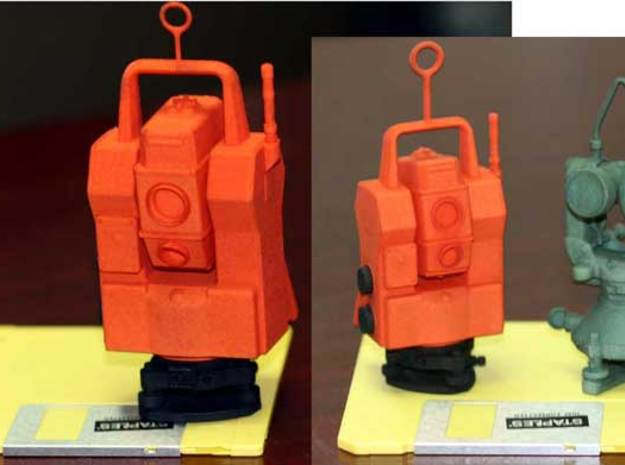 Geodimeter 600 robot Christmas 1/6th scale 3d printed 1/4th to 1/6th scale comparision
