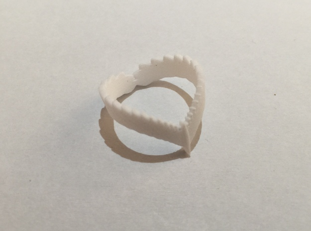 Falcon Wing Ring in Frosted Ultra Detail