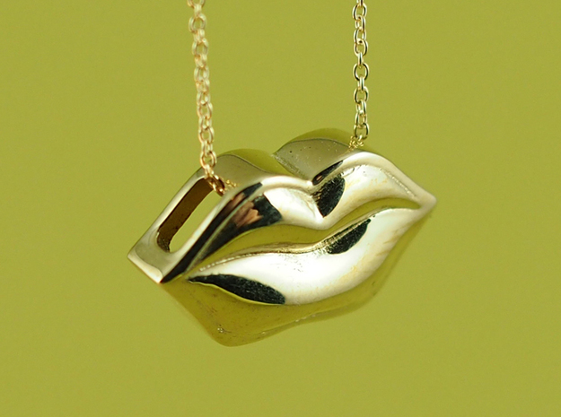 Lips Pendant in Polished Brass