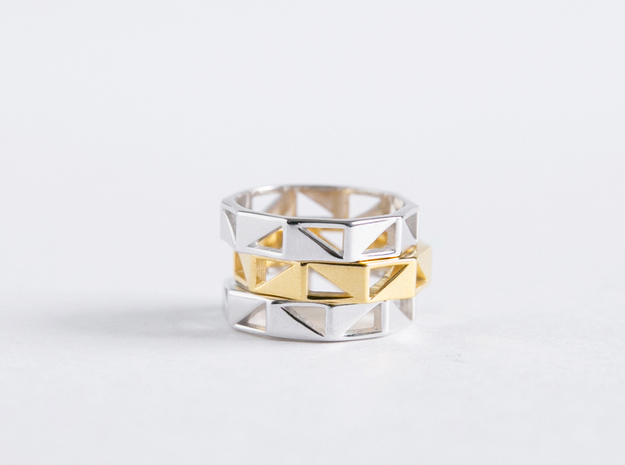 Triangle Pattern Ring in Polished Silver