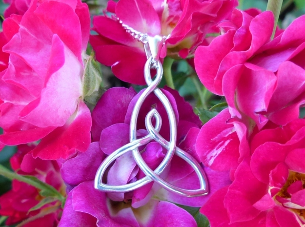 Mother And Child Knot Pendant in Polished Silver: Medium