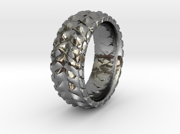 V RING 8 TRIMMED SIZE 11 with internal pattern in Premium Silver