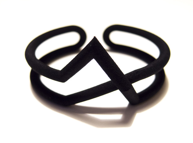 Continuous Geometric Line Bracelet in Black Natural Versatile Plastic