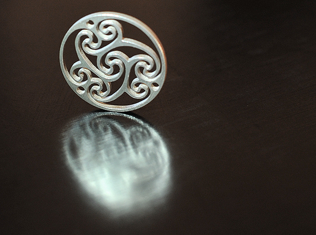 """Celtic Amulet [3.6cm, 1.4""""] 3d printed Raw Silver"""