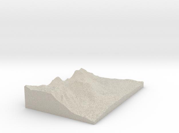 Model of Hilton Creek Lakes in Natural Sandstone