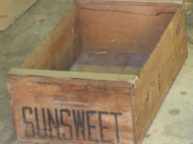 25 Empty N Scale Lugs with Fruit Buckets (Sprued) 3d printed Sunsweet Label (San Jose)