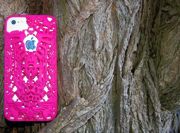 Kraai iPhone 5 Cover in Pink Strong & Flexible Polished