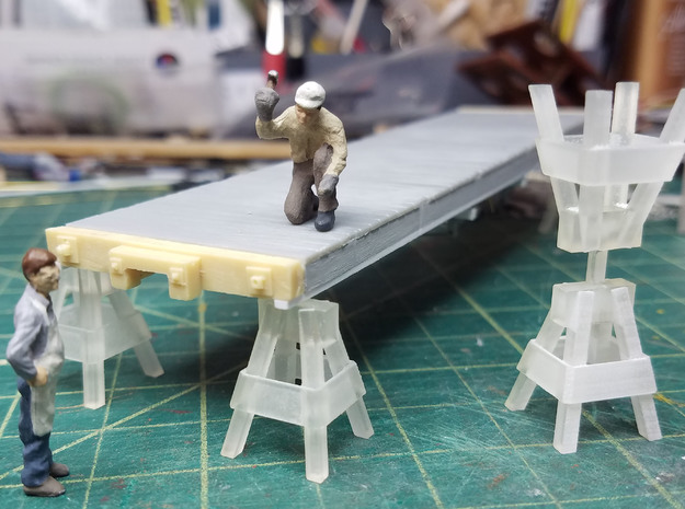 1-48 Car Shop Saw Horse in Smooth Fine Detail Plastic