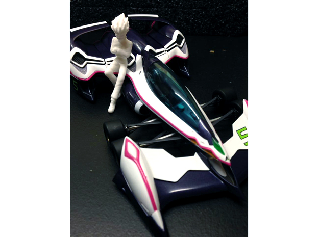 1/24 Racing Driver Leaning (Bleed Kaga) in White Natural Versatile Plastic