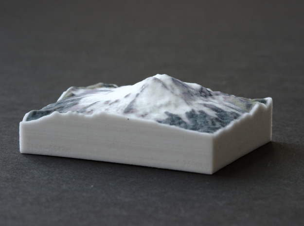 Mt. Elbrus, Russia, 1:250000 Explorer in Full Color Sandstone