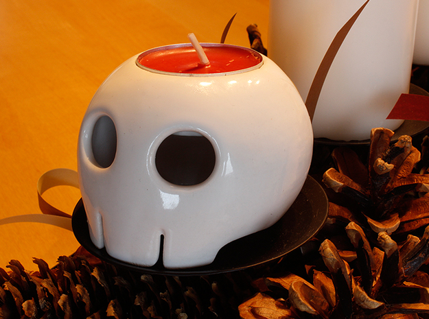 Toon Skull Tea Light Holder in Gloss White Porcelain