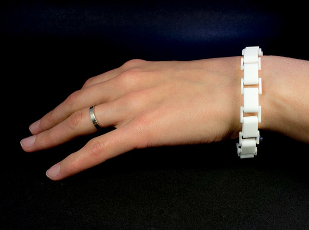 Link Bracelet in White Natural Versatile Plastic