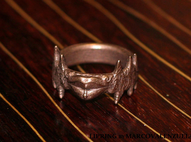 Beso Del Oro 3d printed 21mm ring size