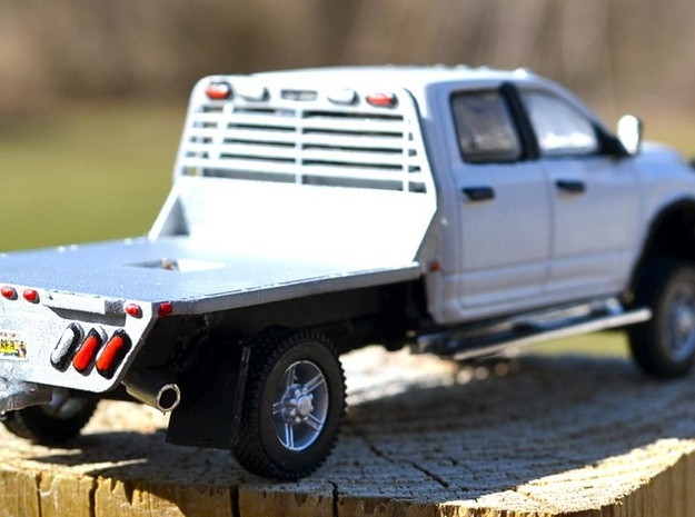 Flatbed in Smooth Fine Detail Plastic