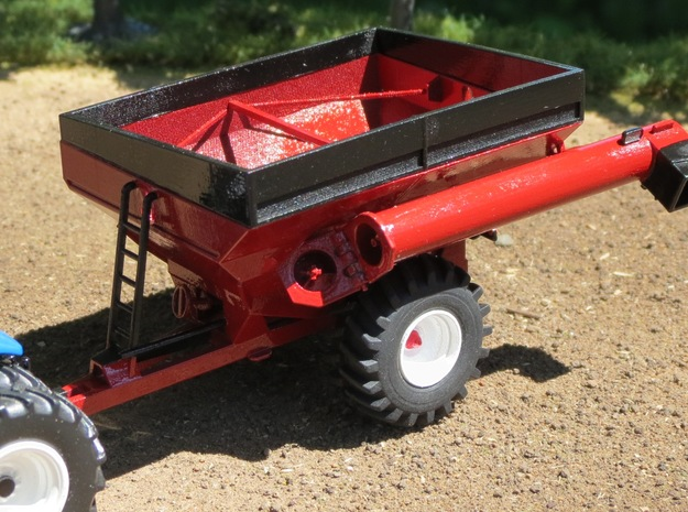 1/64th Scale Brent 678 Grain Cart in Smooth Fine Detail Plastic