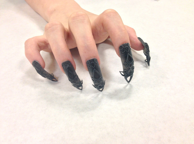 Castle Nails (Size 4)  in Black Strong & Flexible