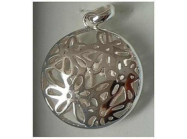 Margaret Pendant in Interlocking Polished Silver