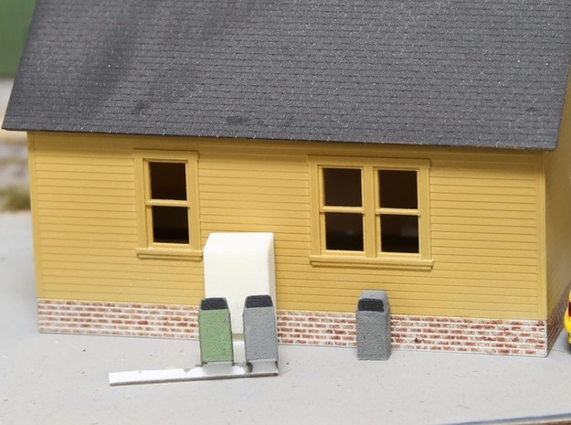HO Scale Urban / Park Trash Cans- set of 4 in White Natural Versatile Plastic