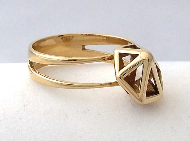RING GEM in Polished Brass (Interlocking Parts)