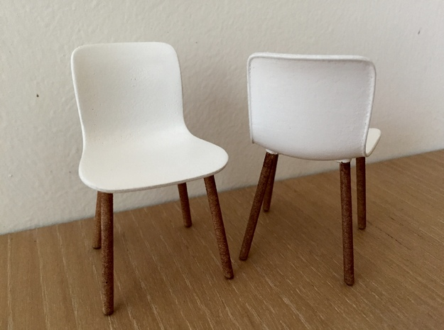 1:12 Chair Hardshell in White Strong & Flexible Polished