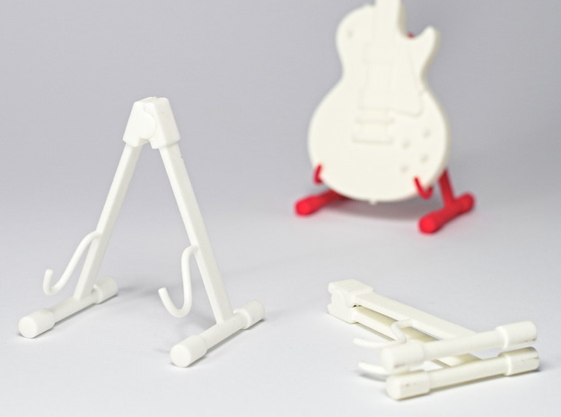 Foldable guitar stand, in the scale 1:6