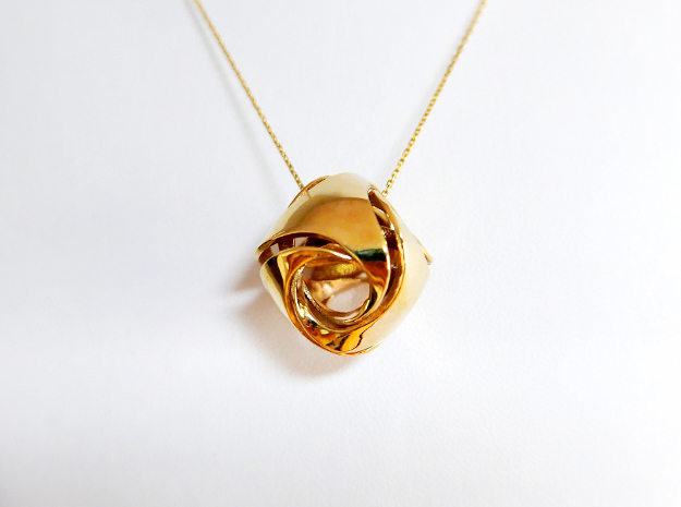 Pendant_Tetrahedron Twist No.1 in Polished Brass