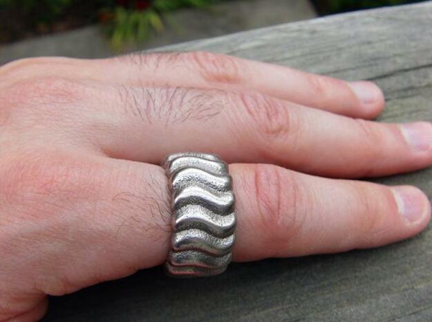 Wavy Ring 3d printed Photo