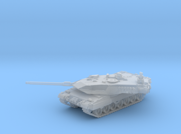 1/144 German Leopard 2A5 Main Battle Tank in Smooth Fine Detail Plastic
