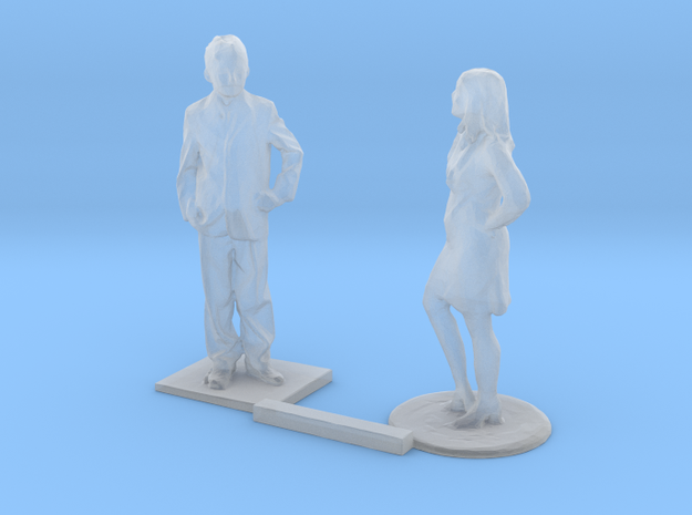 S Scale Standing Kids 9 in Smooth Fine Detail Plastic