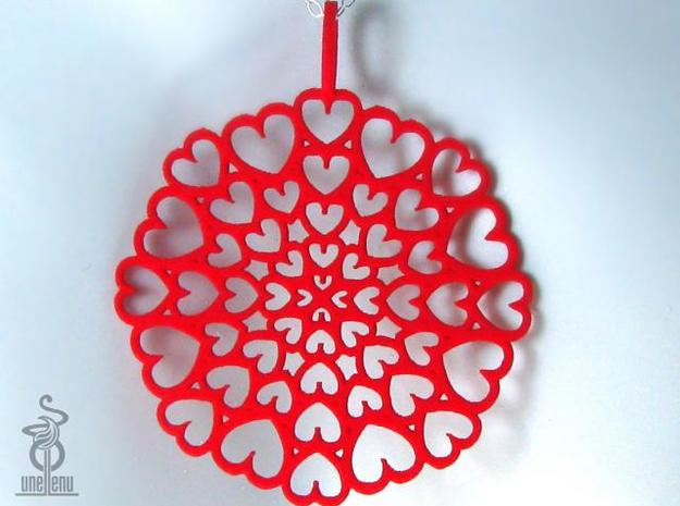 Pendant: 'Hearts disc' in White Natural Versatile Plastic