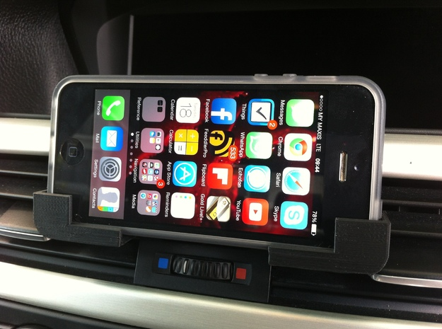 Car iPhone Holder 3d printed