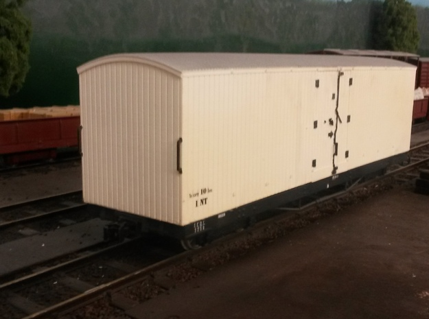 16mm scale Victorian Railways NT van body 3d printed waiting to unload perishables