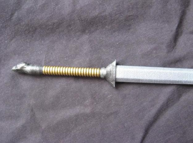 Eagle Broadsword 3d printed A painted example of this sword.