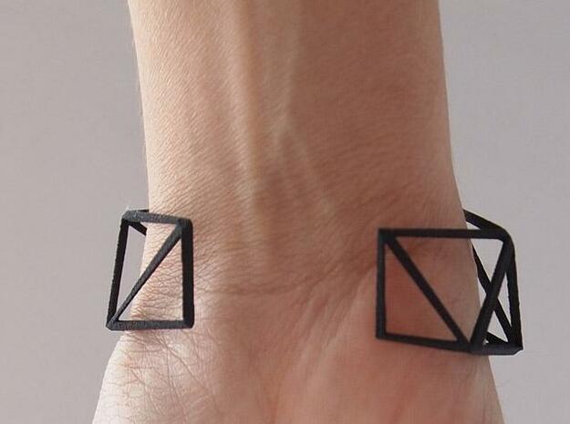 Comion open barcelet 3d printed open bracelet zoom