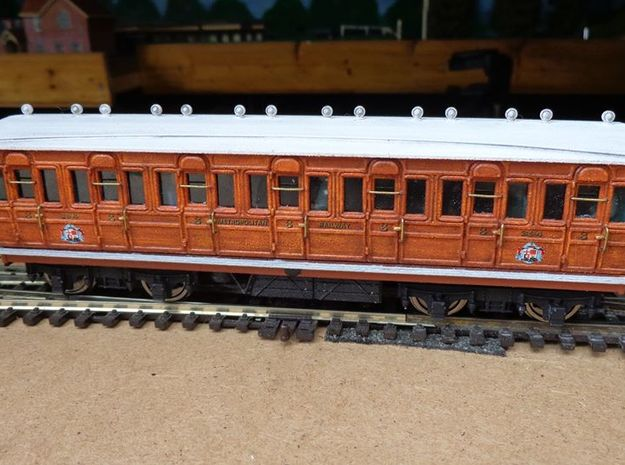 Metropolitan Railway (Full Third) 394 OO 3d printed completed coach with printed details printed chassis, bogie, roof vents.