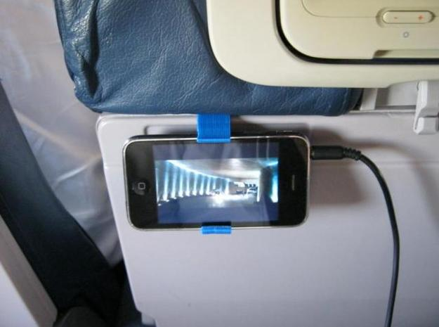 iPhone 3Gs hook for airplanes  3d printed Description