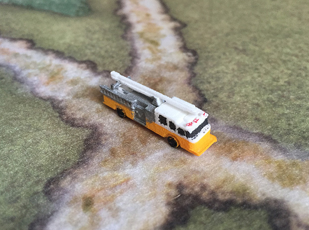 1:285 Pierce Impel Pumper with Squirt in White Natural Versatile Plastic: 6mm