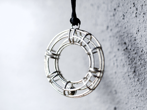 """Salvagente"" - doughnut - pendant in Natural Silver (Interlocking Parts)"