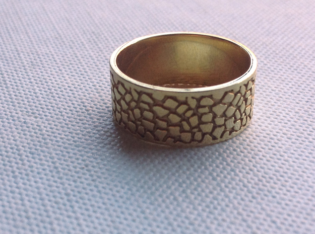 Elizabeth Ring 3d printed Polished Brass