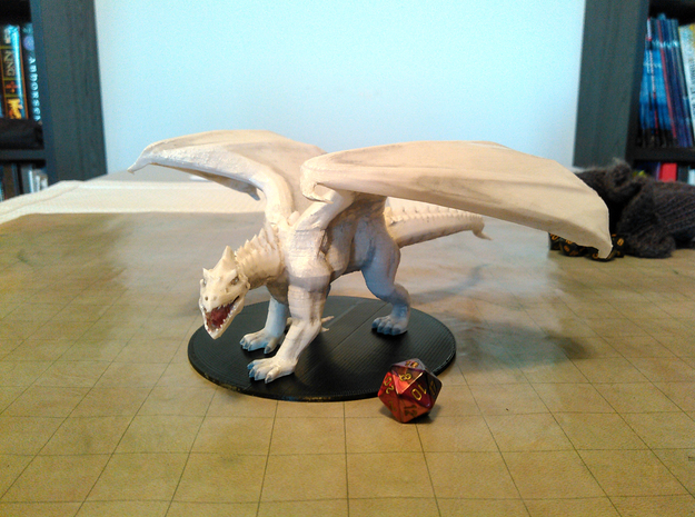Young White Dragon in Smooth Fine Detail Plastic