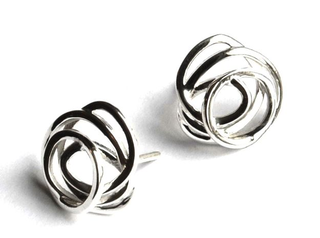 Love is in the air Earring in Polished Silver
